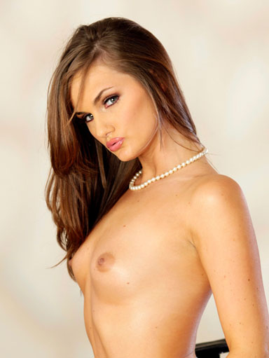 small image Lily Carter