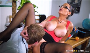 Sex with a sexy teacher in stockings