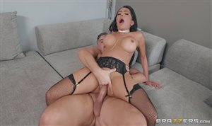 Big ass brunette latina in stockings Lela gets fucked by Keiran Lee