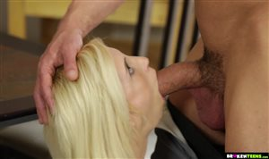 Young blonde babe Piper Perri gets her cunt fucked by huge cock